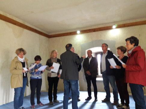 leçon de chant poulyphonique géorgien à un groupe de Nouvel Est