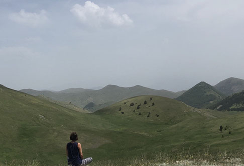 Stille und Weite: das ist die Campo Imperatore Hochebene im Gran Sasso