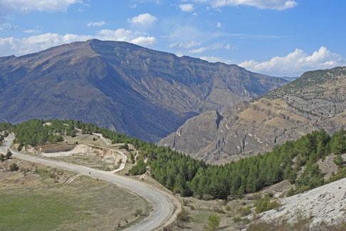 Straße Dagestan Berglandschaft