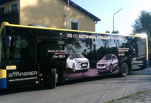 Autohaus Strasser Bus fähr ab sofort durch Rosenheim