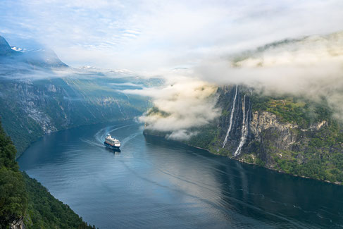 Mein Schiff 1 startet Kreuzfahrtsaison ins Nordland