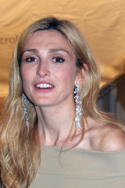 Julie GAYET - Festival de Cannes 2011 © Anik COUBLE
