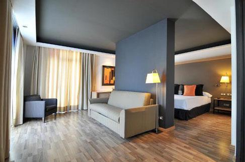 Hotel Jazz - отличные отели треи звезды в центре Барселоны