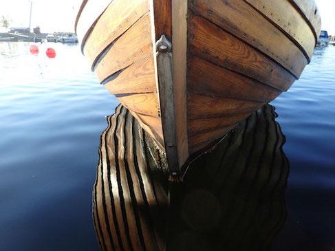 Spieglein, Spieglein, auf dem Wasser! Wer ist das schönste Boot im Hafen?
