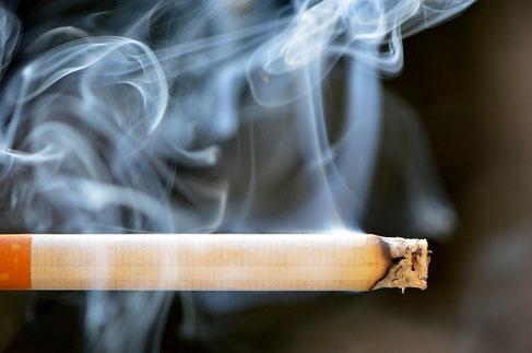 ドレッドヘアにはタバコなどの匂いがつきやすい、というのは本当ですか?