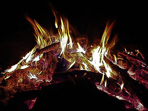Feuer auf Opferberg, Fotografie von Angelo C. Silenzio