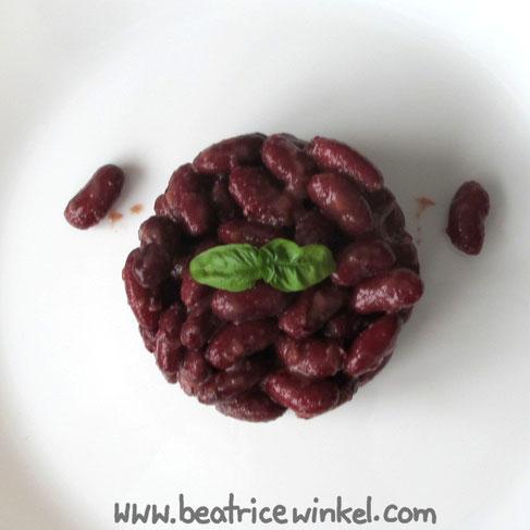 Beatrice Winkel - Gemüseturm aus Kidney-Bohnen und Pflaumen