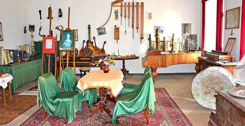 Sala Muzeum Instrumentów Muzycznych w Dworze w Szybie (Fot. W.Jachimowicz)