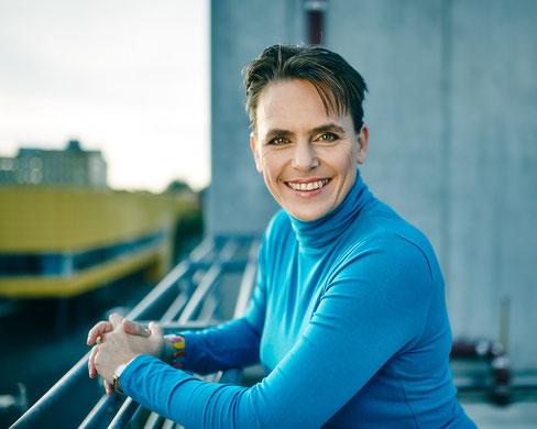 Sandy Birkhahn: Schauspielerin, Coach, Personal Trainerin