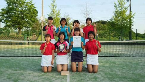 女子準優勝  千田中学校