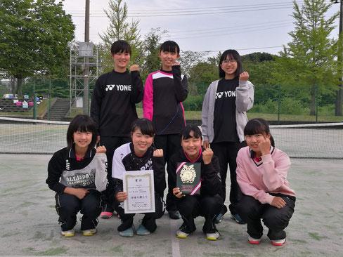 女子第3位 燕中学校