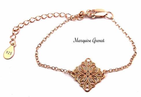 photo-bracelet-en-argent-plasue-or-rose-avec-intercalaire-losange-ouvrage-baroque