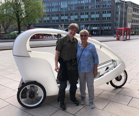 Hamburg by Rickshaw, Fahrradtaxi, Stadtführung & Stadtrundfahrt
