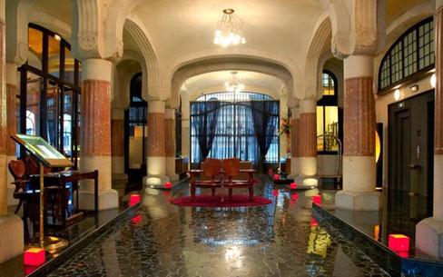 Casa Fuster - лучшие отели Барселоны