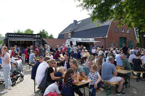 Foodtruck Streedfood Veranstaltung Reinbek Bauernhof Burger Falafel Klüvers Bier