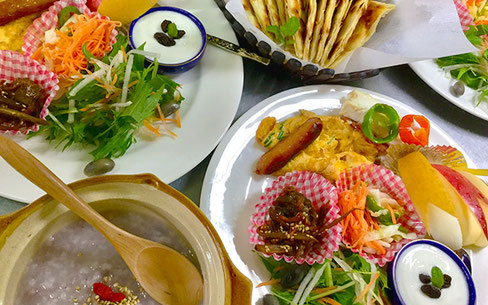 オータニ モンゴルの里の朝食
