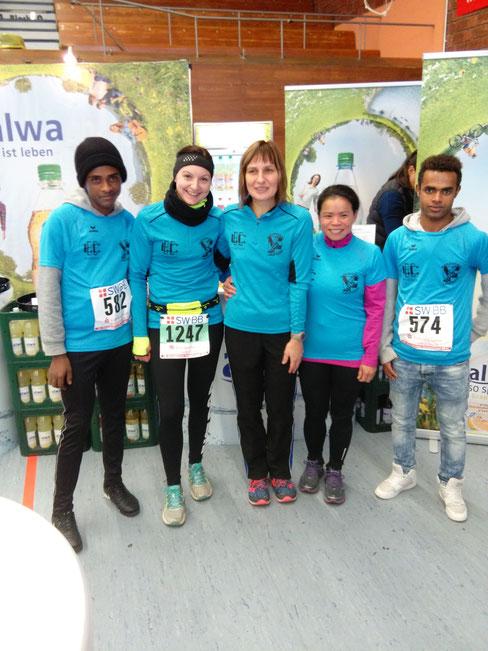 Mubarak Tamam Muhamed, Cornelia Wacker, Tuan Khaengraeng und Abdie Rashed