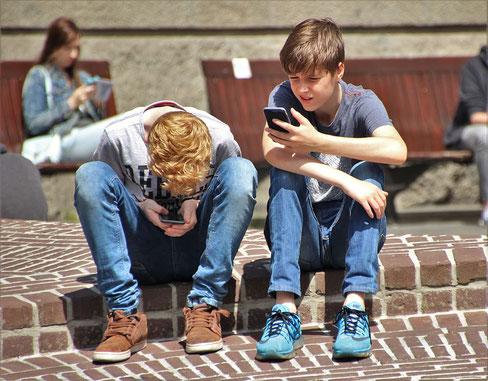 Kinder und Handy, Studie Universität Luzern