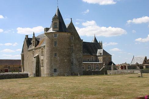 Vue générale - Château fort Charente - Château de Saveilles - Saveille - Château en Charente - Visite guidée groupe - Visite guidée famille - Visite charente