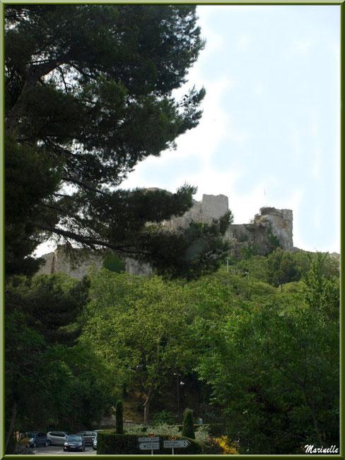 La cité des Baux-de-Provence en hauteur (par la route en venant depuis Maussane-les-Alpilles ou Fontvieille), Alpilles (13)