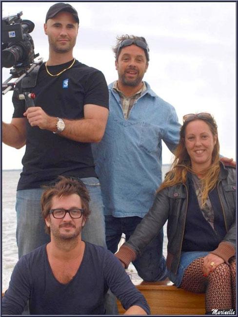 """Photo souvenir du tournage pour l'émission de France 5 TV """"Les 100 lieux qu'il faut voir"""" consacrée au Bassin d'Arcachon, avec de haut en bas : Guillaume (le caméraman), Grégory Debord, Chloé (la réalisatrice) et Damien (l'ingénieur du son)"""