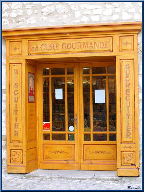 """Boutique """"La Cure Gourmande"""", Baux-de-Provence, Alpilles (13)"""