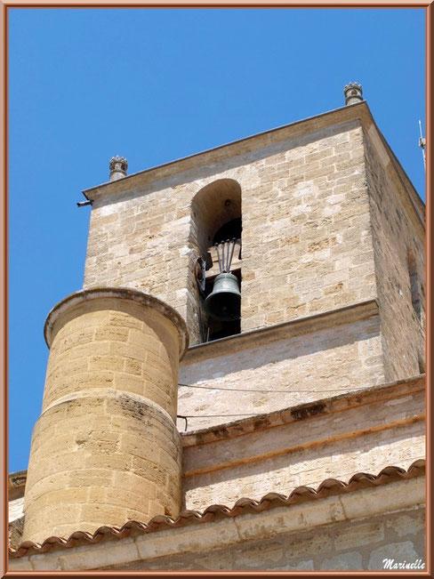 Eglise Notre Dame de Beaulieu, village de Cucuron, Lubéron (84) : clocher vu d'un des côtés