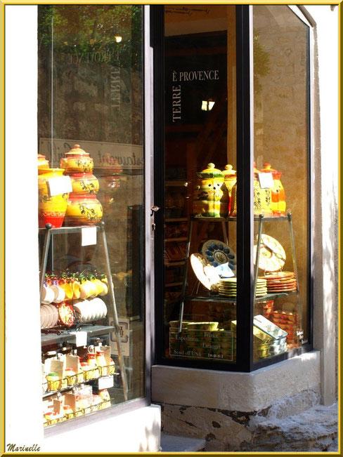 """Boutique poterie provençale """"Terre de Provence"""", Baux-de-Provence, Alpilles (13)"""