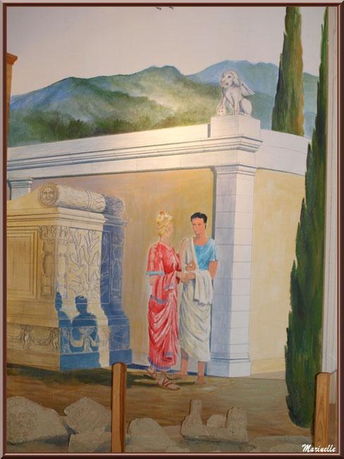 Musée Marc Deydier, village de Cucuron, Lubéron (84) : vestiges et fresque murale scène de vie gallo romaine