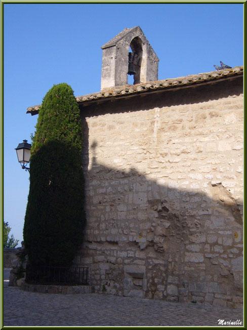 Chapelle des Pénitents-Blancs, Les Baux-de-Provence, Alpilles (13) : vue de côté