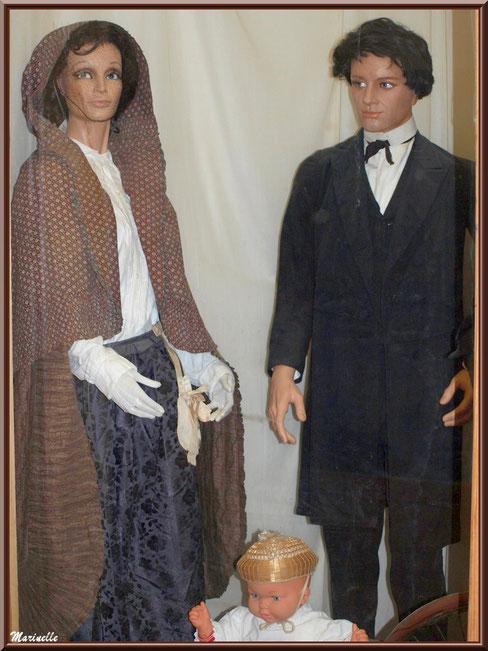 Musée Marc Deydier, village de Cucuron, Lubéron (84) : scène vie quotidienne des ancêtres