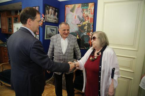 И.о. министра культуры России В. Р. Мединский, Г. Н. Яновская и Р.Д.Фурманов. 15 мая 2018 года