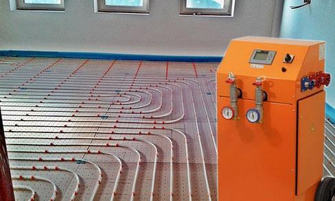 Elektro Warmwasserheizung zur Estrichtrocknung bei Dry-Energy in Augsburg mieten