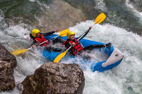 Canoe Verdon Gorges, canoe verdon, verdon canoe, verdon kayak, canoe castellane verdon, airboat verdon, hotdog canoe verdon, canoe provence, canoe cote azur, canoe alpes sud, cano kayak verdon, canoe raft verdon, kayak raft verdon, airboat kayaking verdon