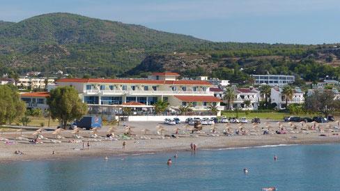 KAMARI BEACH Hotel in der Bucht von Lardos - το ξενοδοχείο KAMARI BEACH στον κόλπο της Λάρδου