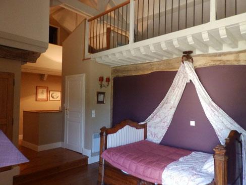 chambre pour un adulte ou deux enfants