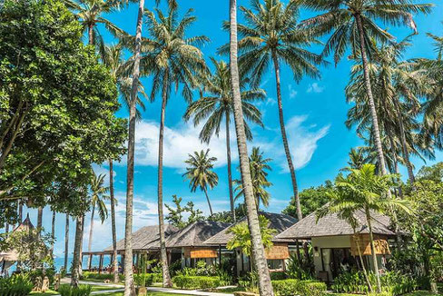 Lombok Senggigi beachfront resort for sale with 15 villas, restaurant, bar and spa.