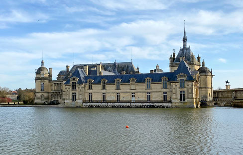 Castello Chantilly- Francia - castello sull'acqua