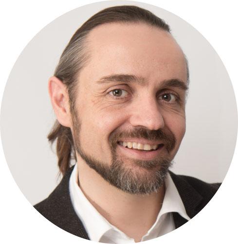 Porträt von Dr. Daniel Vonwil, Sexualberatung, Beziehungsberatung, Liebensfreude