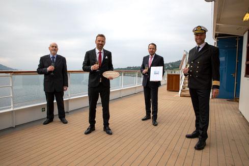 Hapag-Lloyd Cruises übernimmt HANSEATIC spirit