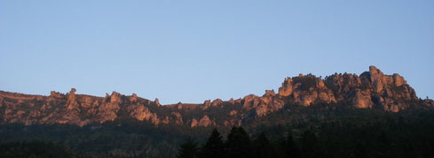 les falaises du Causse Méjean