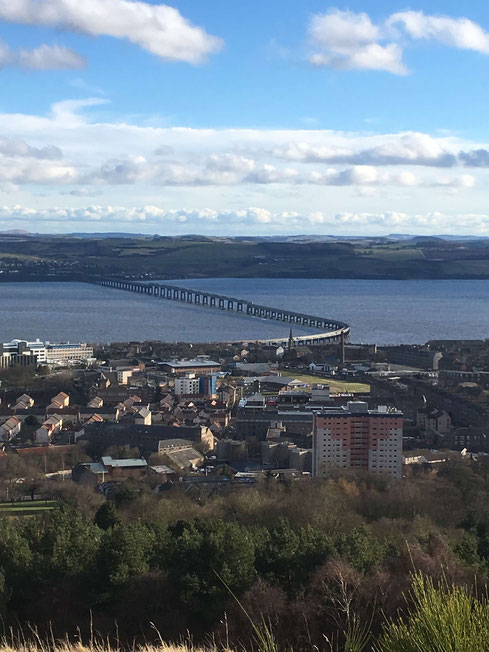 Blick auf den Firth of Tay von Dundee Law Viewpoint