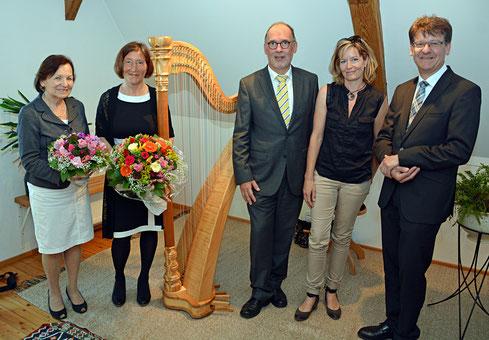 Übergabe der Harfe im Lindauer Hospiz