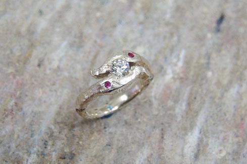 K18YGダイヤモンド手作り婚約指輪