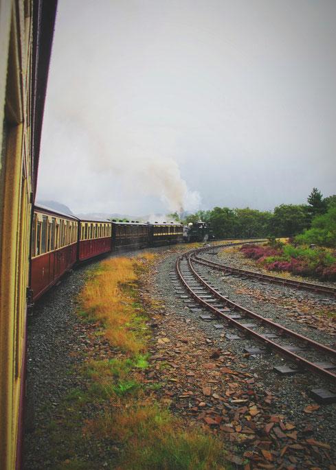 bigousteppes snowdonia train vapeur