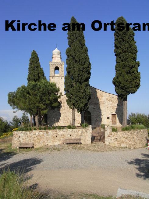 Wallfahrtskirche am Ortsrand. Hier beginnt der Wanderweg ins Nachbardorf Lingueglietta.