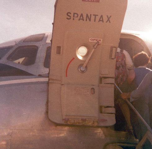 Vordere Tür einer Douglas DC-9-10 der Spantax/Courtesy: Sammlung Klaus Schmidt