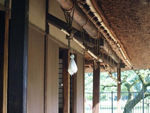 7月4日(2016) てるてる坊主:7月2日、江戸東京たてもの園内の吉野家(農家、江戸時代に建てられたものを復元・展示)にて