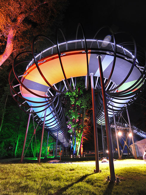 "die Rehberger oder ""Slinky""Brücke"