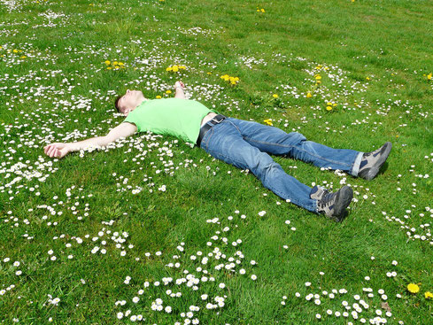 Relaxation, détente, bien-être, ancrage, circulation énergétique